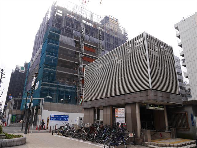長堀橋駅5-A出口
