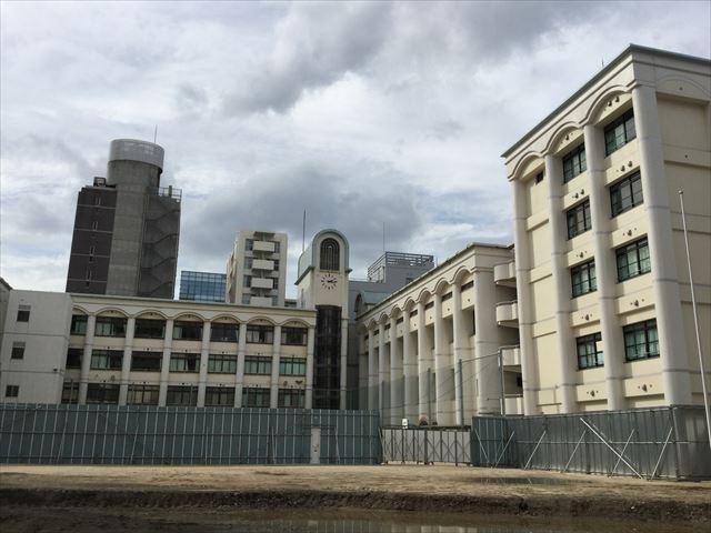 堀川小学校