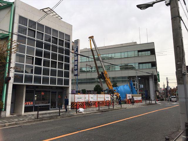 「(仮称)夕陽丘駅3分マンションプロジェクト」と隣のFO眼鏡本舗