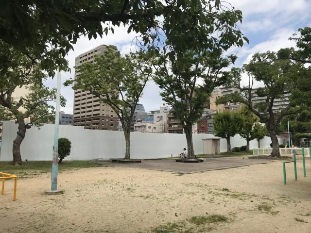寺山公園と「(仮称)中央区上町1丁目タワー計画新築工事」