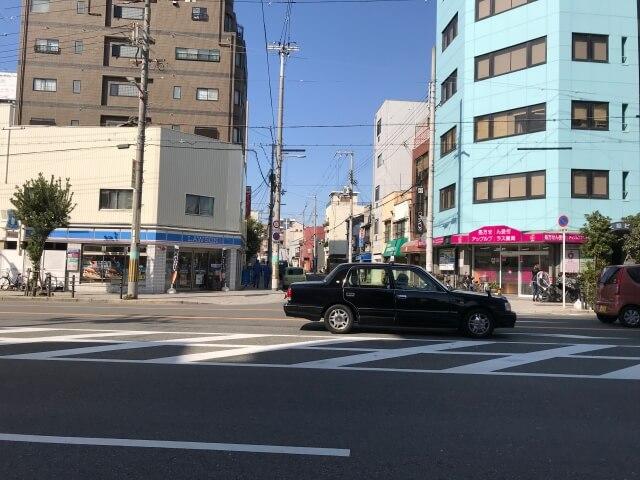 ローソン勝山3丁目店