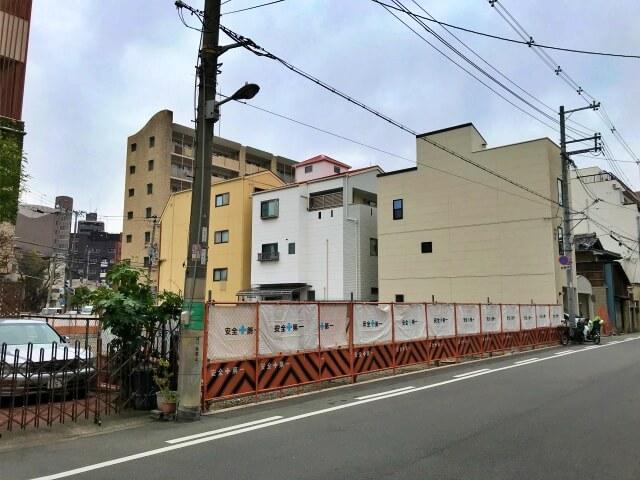 「グランドメゾン真田山ゲートハウス」南側